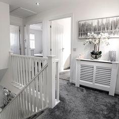 Home Room Design, Home Interior Design, House Design, Decor Home Living Room, Home And Living, Narrow Hallway Decorating, Hallway Designs, Dream House Interior, Stylish Home Decor