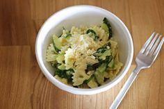 Zucchini pasta with lemony garlic sauce