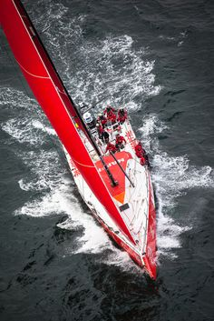 """""""MAPFRE"""" in the Volvo Ocean Race Volvo Ocean Race, Sailing Classes, Sport Yacht, Sail Racing, Race Around The World, Floating In Water, Windsurfing, Tall Ships, Catamaran"""