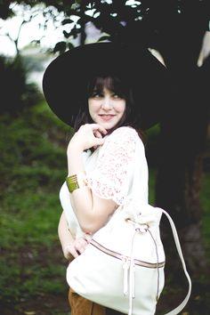 Melina Souza - Serendipity <3  FOREVER 21  <3  http://melinasouza.com/2015/10/20/forever-21-primavera-com-toque-boho-chic/  #FOREVER21 #Look #MelinaSouza #Hat