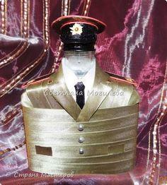 Декор предметов Мастер-класс 23 февраля Декупаж Воин Пехота МК Бутылки стеклянные фото 1