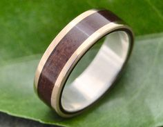 Yellow Gold Lados Nacascolo Wood Ring ecofriendly wood