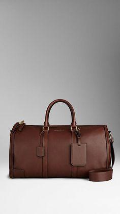 Grand sac bowling en cuir raffiné   Burberry 1 495€