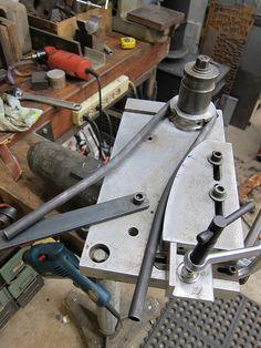 Hunter Cycles wishbone bender