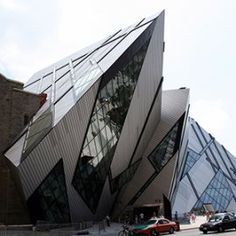10 Attractions to Visit in Toronto - The Royal Ontario Museum (ROM) is among the world's leading museums of natural history and world cultures. Stuff To Do, Things To Do, Royal Ontario Museum, World Cultures, Natural History, Niagara Falls, Attraction, Louvre, Toronto Canada