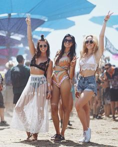 Coachella vibes with a sheer maxi skirt, distressed jean shorts, and a crochet set. Coachella Festival, Music Festival Outfits, Music Festival Fashion, Rave Festival, Festival Wear, Festival Clothing, Festival Makeup, Music Festivals, Festival Looks
