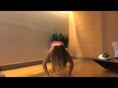 Video: 5 minute yoga flow // morning asana | Philosophie