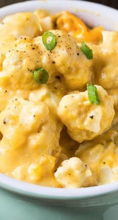 Crock Pot Cauliflower and Cheese ~ When you need to satisfy even some picky eaters with vegetable dish, this recipe is one of the best to choose. Crock Pot Slow Cooker, Crock Pot Cooking, Slow Cooker Recipes, Low Carb Recipes, Crockpot Recipes, Cooking Recipes, Easy Recipes, Vegetable Dishes, Vegetable Recipes