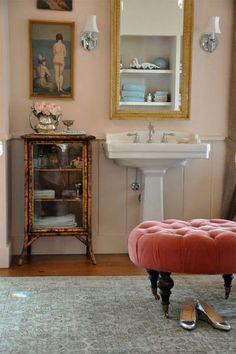 Feminine decor on pinterest feminine bedroom feminine for Pink and silver bathroom accessories