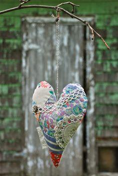 Crazy quilt heart from Blondie Blu.