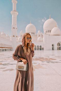 Abu Dhabi travel guide https://ohhcouture.com/2017/04/abu-dhabi-2017/   #ohhcouture #abudhabi #leoniehanne #dubai