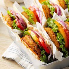 Vegetarian Sandwich Recipes, Veggie Sandwich, Salad Recipes, Healthy Recipes, Healthy Meals, Vegetarian Burgers, Healthy Food, Healthier Desserts, Healthy Dishes