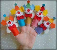 Resultado de imagen de dedoche feltro Kids Crafts, Clown Crafts, Ladybug Crafts, Felt Crafts, Felt Puppets, Felt Finger Puppets, Homemade Puppets, Play Stick, Pretend Play Kitchen