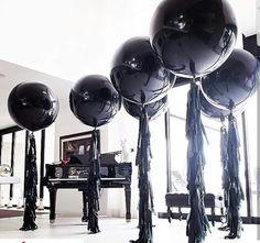 black balloon event - New Deko Sites Festa All Black, All Black Party, Black White Parties, Black Party Decorations, Balloon Decorations, Birthday Decorations, Black Balloons, Big Balloons, 30th Party