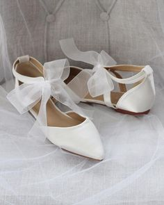 IVORY SATIN Pointy Toe Flats with Chiffon Ankle Strap Shop our collection of women flats and heels in satin, glitter and lace! Great selections shoes for brides, bridesmaids . Best Bridal Shoes, Bridal Flats, Types Of Gowns, Traditional Gowns, Traditional Wedding, Wedding Boots, Bow Wedding, Wedding Things, Bridal Skirts