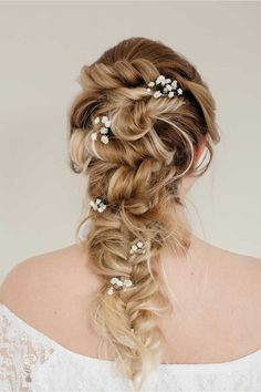 Elegant hairstyle for a bridesmaid :: one1lady.com :: #hair #hairs #hairstyle #hairstyles