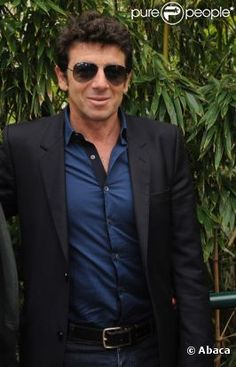 The singer, the film producer, the actor, the poker champion: all of him Idole, Spectacle, Bellisima, Poker, Om, Champion, Mens Sunglasses, Cinema, Portraits