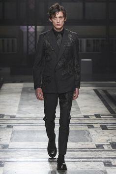 Alexander McQueen, Look #15