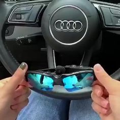 Cool Gadgets To Buy, Car Gadgets, Awesome Gadgets, Laura Lee, Bluetooth, Super Funny Videos, Futuristic Technology, Gps Tracking, Gifts For Office