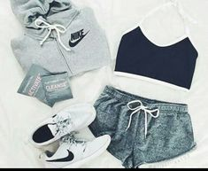 Sport Outfit Nike Athletic Wear Running Shoes 15 New Ideas Nike Outfits, Outfits For Teens, Sport Outfits, Fall Outfits, Summer Outfits, Casual Outfits, Cute Sporty Outfits, Summer Workout Outfits, Nike Free Outfit