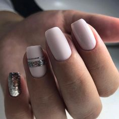 Tendance Vernis : Really cool nails! - Tiph Gtz Tendance Vernis : Really cool nails! Tendance Vernis : Really cool nails! Cute Summer Nails, Fun Nails, Gold Nails, Matte Nails, Nagellack Trends, Trendy Nail Art, Manicure E Pedicure, Classy Nails, Nail Swag
