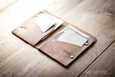 Men's thin leather wallet.