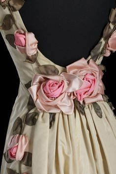 Dress designed by Ann Lowe | National Museum of African American History and Culture Morning Dress, Fabric Roses, Couture Details, Ivory Dresses, Green Silk, African American History, National Museum, Dress Collection, Designer Dresses