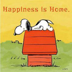 Happiness is home / Snoopy / Peanuts Gang Snoopy Love, Snoopy And Woodstock, Peanuts Snoopy, Peanuts Cartoon, Peanuts Quotes, Snoopy Quotes, Cartoon Quotes, Peanuts Characters, Cartoon Characters
