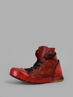 NIHOMANO MEN'S RED HIGH TOP SNEAKERS Red High Top Sneakers, Japanese Outfits, Japanese Clothing, Red High Tops, Cargo Pants Men, Clothes Horse, Black Laces, Moccasins, Hiking Boots