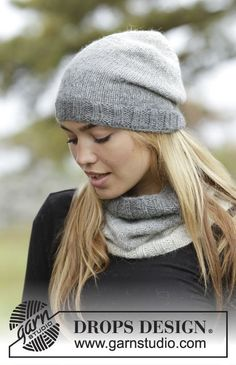 Misty Haze set consisting of hat and cowl by DROPS Design. Free knitting pattern