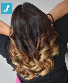 Hairstyles For Medium Length Hair Ombre Curly Hair, Colored Curly Hair, Curly Hair Styles, Natural Hair Styles, Flicks Hair, Multicolored Hair, Joelle, Hair Color And Cut, Hair Affair