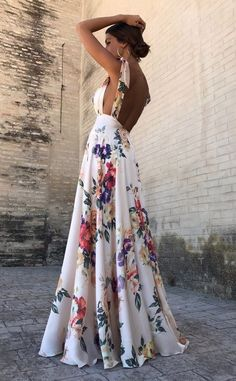 Sexy New Backless Floral Print Maxi Dress – modevova floral outfit summer,floral print dress, pretty dresses, floral formal dress, Robes Dos Nu Maxi, Pretty Dresses, Beautiful Dresses, Awesome Dresses, Backless Maxi Dresses, Sexy Maxi Dress, Maxi Dress Styles, Dress Prom, Evening Dresses