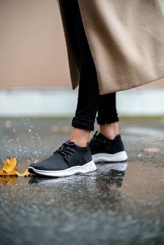 Say goodbye to wet socks and clunky rain boots. Don't compromise style for functionality, enjoy the best of both worlds with Vessi waterproof sneakers. Adidas Sneakers, Shoes Sneakers, Waterproof Sneakers, Knit Shoes, Travel Shoes, Stylish Jewelry, Nike Free, Rain Boots, Footwear