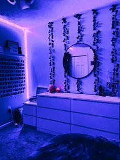 Indie Room Decor, Cute Bedroom Decor, Room Design Bedroom, Teen Room Decor, Aesthetic Room Decor, Room Ideas Bedroom, Bedroom Inspo, Dream Bedroom, Diy Bedroom
