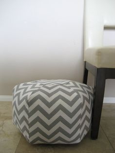 "18"" Ottoman Pouf Floor Pillow grey white zig zag chevron $70.......or i could buy the fabric and make my own!"