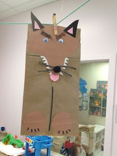 """This is a fun activity to compare/contrast the Big Bad Wolf character in the fairy tales, """"Little Red Riding Hood"""" & """"The Three Little Pigs"""". Description from pinterest.com. I searched for this on bing.com/images"""