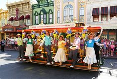 Right Down the Middle of Main Street USA | The Affordable Mouse