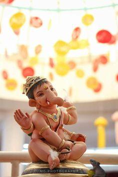 Ganesh Pic, Ganesh Lord, Ganesh Idol, Ganesh Statue, Ganesha Art, Ganesha Pictures, Ganesh Images, Radha Krishna Pictures, Ganesh Chaturthi Images