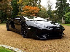 So nearly a year to the day we bought our orange Aventador & as If by fate the same owner puts his SV Aventador up for sale some serious thinking to do. I know we're doing well but boy that's a lot of money for a car . Does look mint though