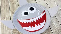 Shark Paper Plate Craft For Kids - The Relaxed Homeschool Paper Plate Art, Paper Plate Crafts For Kids, Fun Arts And Crafts, Paper Plates, Easy Crafts, Paper Crafts, Summer Crafts For Toddlers, Toddler Crafts, Preschool Crafts
