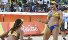 Brasileiras superam nervosismo e vencem na estreia do vôlei de praia Agatha e Bárbara perdem o primeiro set para tchecas, mas com apoio da torcida se recuperam