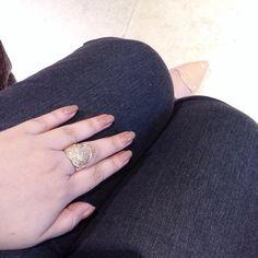 😘 #style #fashion #moda #fashionblog #blog #carolinebeltrame #trendy #fashionista #blogger #acessory #acessoried #jewellery #jewelry #nails #shoes #nude #nudenails #nudeshoes