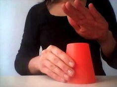 Rytmické hry s předměty všedního dne - Hry s kelímky: rytmus č. 3