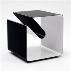 Mobile Line Side Table by Muller - Side Tables - Tables