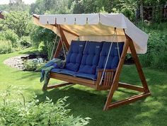 Do-it-yourself swing – DIY, ideas for … – Flowers Diy Swing, Porch Swing, Outdoor Chairs, Outdoor Furniture, Outdoor Decor, 3 Storey House Design, Garden Planning, Diy Flowers, Garden Projects