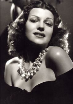 Rita Hayworth #hollywood #classic #actresses #movies