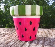 Flower Pot Art, Flower Pot Crafts, Cactus Flower, Clay Pot Projects, Clay Pot Crafts, Crafts To Make, Painted Clay Pots, Painted Flower Pots, Pot Jardin