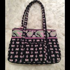 """VERA BRADLEY Purse Vera Bradley """" Pink Elephant"""" pattern. No fading of fabric and purse in excellent condition Vera Bradley Bags Totes"""