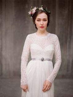 We've rounded up 10 gorgeous wedding gowns to help you in your search for the perfect dress!