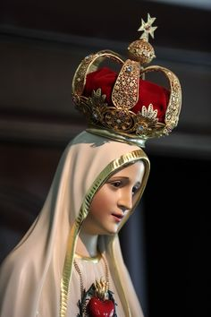 Our Lady of Fatima Jesus Mother, Blessed Mother Mary, Blessed Virgin Mary, Lady Mary, Religious Pictures, Jesus Pictures, Catholic Wallpaper, I Love You Mother, Madonna Art